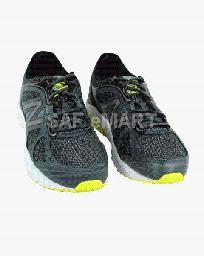 New Balance SAF sports shoes